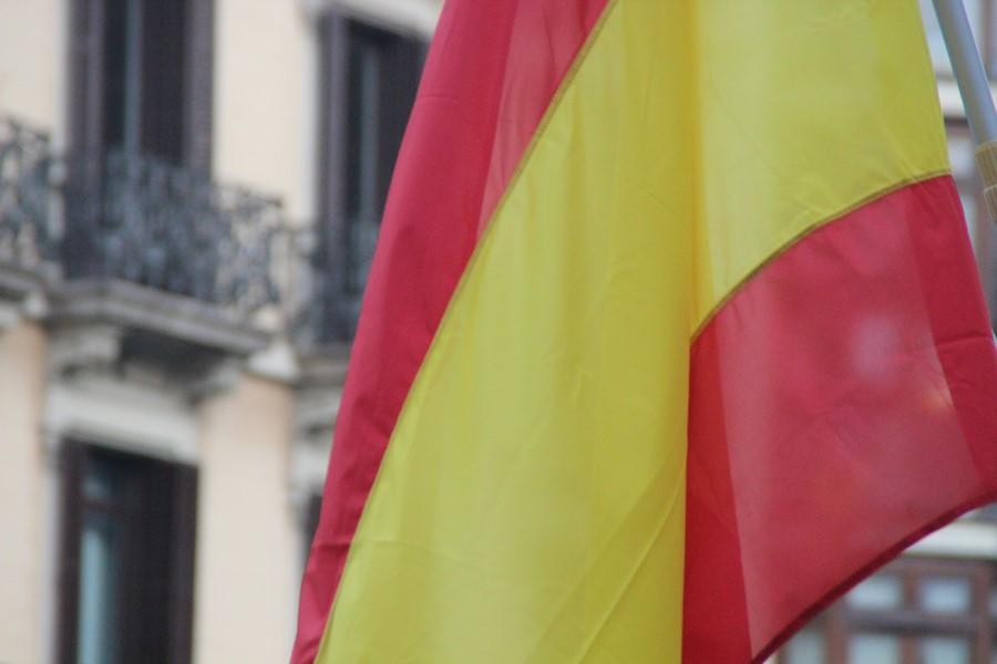 """Los catalanes celebran el fracaso la de independencia con """"Puigdemont, eres un cagón"""""""