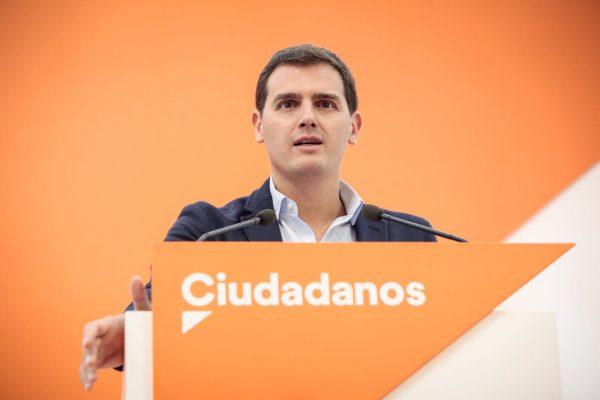 """""""Es el momento de aplicar"""" el 155 en Cataluña para """"defender libertades de catalanes secuestrados"""""""