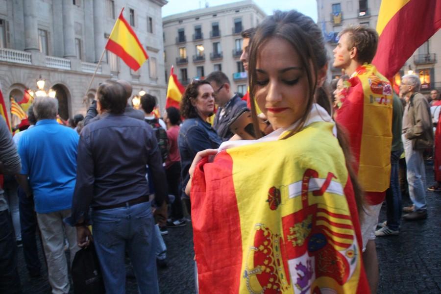 """Joven catalana: """"Teníamos que haber salido antes a la calle, nadie me va a echar de Cataluña"""""""
