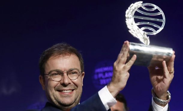 """""""El fuego invisible"""" de Javier Sierra, Premio Planeta 2017 dotado con 601 mil euros"""