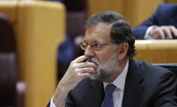 """El Gobierno llama los españoles a la tranquilidad,""""el Estado restaurará la Legalidad en Cataluña"""""""