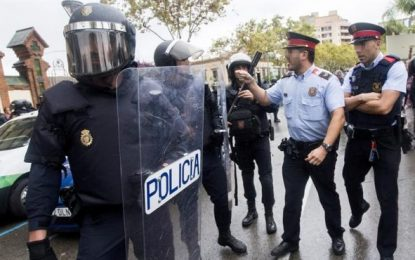 """17 juzgados investigan a Mozos por participar en el """"23-F"""" del 1-O en Cataluña"""
