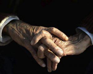 En 2033 España tendrá 49 millones habitantes, una población envejecida y cada vez más sola