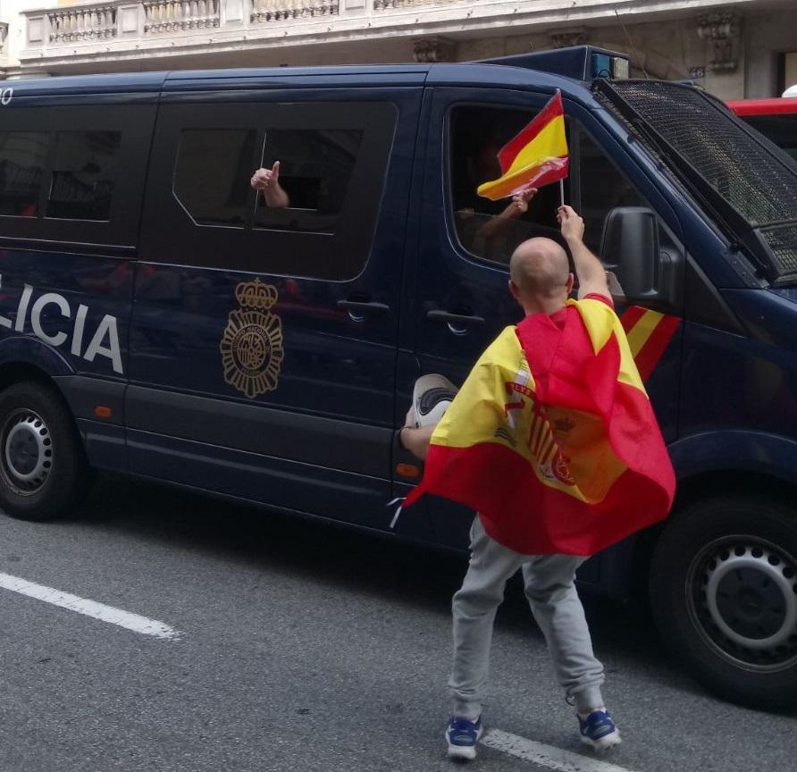 Luz verde para una larga vida y eternidad a Policía Nacional y Guardia Civil en Cataluña