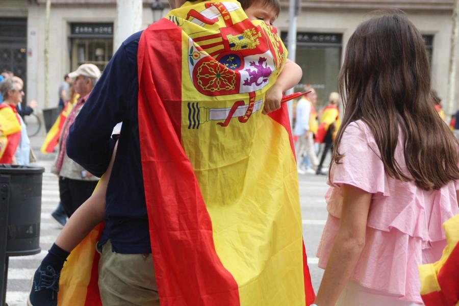 Mozos identifican ante juez a antifascistas agresores de catalanes con banderas de España el 12-O