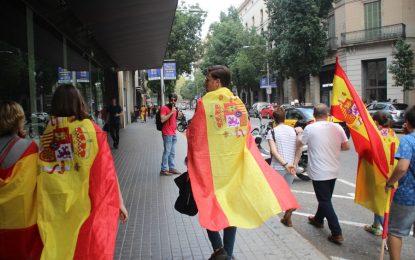 Violentos separatistas juzgados por agredir a catalanes niegan y testigos identifican a acusados