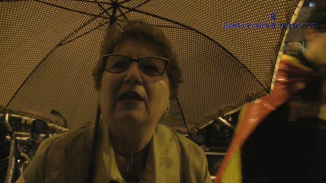 """Profesora catalana denuncia la """"utilización de niños como escudos humanos"""" separatistas en Cataluña"""