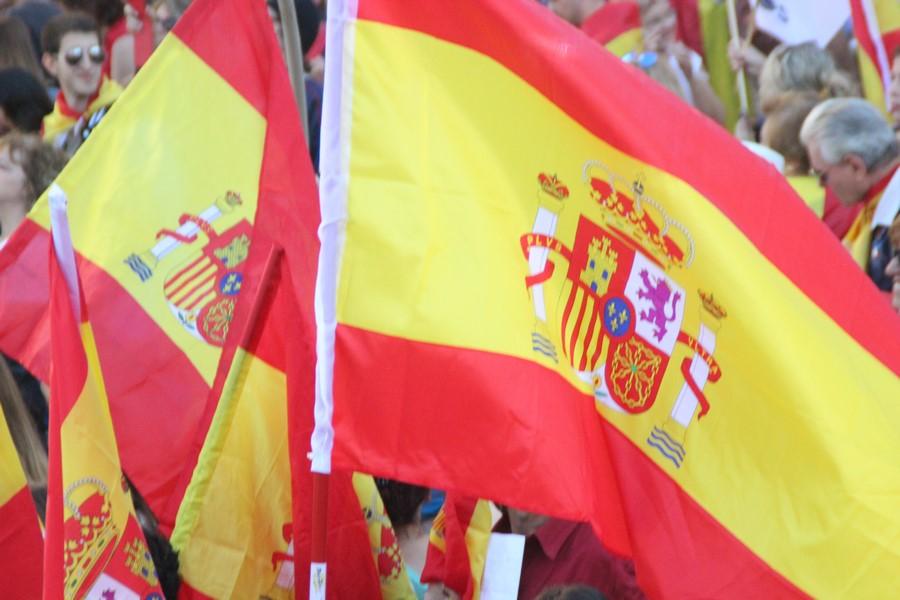 """Primer acto del «Otoño Catalán» en el Pueblo de Puigdemont el 11-N bajo lema """"Gerona es España"""""""