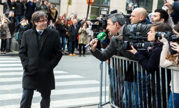 """Proetarra abogado de Puigdemont dice que """"Puigdemont no irá a Madrid, no tendrá un juicio justo"""""""