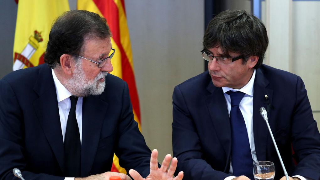 """Puigdemont desea un """"2018 de valores de la República Catalana"""" y pide a Rajoy """"negociar"""""""