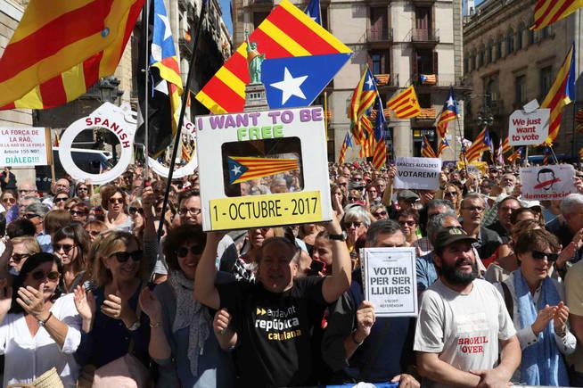 Más de 2 mil empresas ya han sacado a su sede de Cataluña desde el 1-O por la DUI