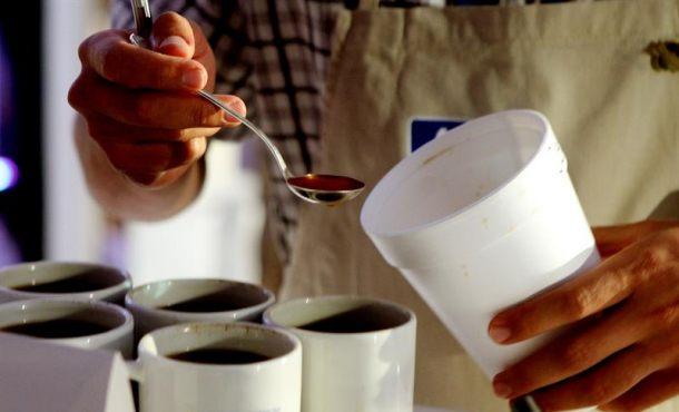 Tomar varias tazas de café puede ser beneficioso para la salud