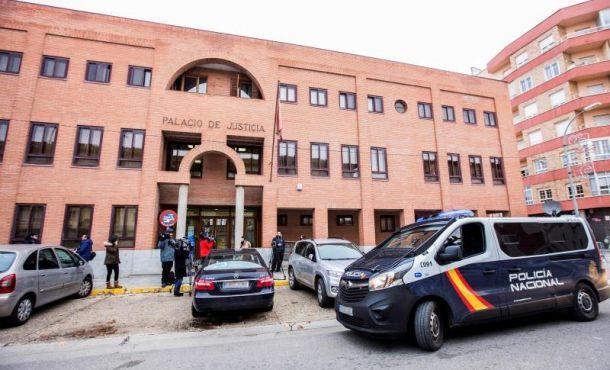 Prisión sin fianza para 3 jugadores de Arandina CF por violar una chica de 15 años