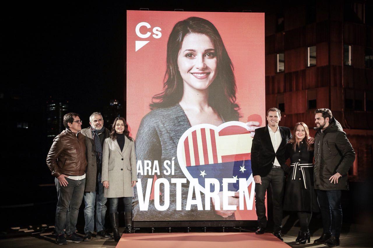 """Arrimadas: """"El 21-D iremos a votar con papeleta naranja para poner fin al proceso separatista"""""""