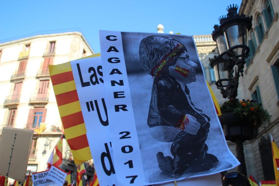 """Más de 50 mil catalanes muestran su """"orgullo de pertenecer a la mejor Patria: España"""""""
