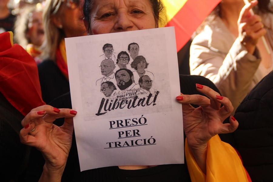 """Los golpistas exconsejeros y los """"Jordis"""" acatan todos la Constitución y Art. 155 ante el juez"""