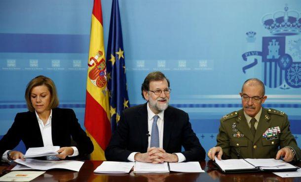 """Rajoy: """"Puigdemont nunca podrá ser investido, deben asumir las consecuencias"""" de la DUI"""