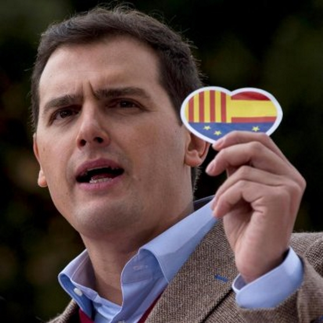 """Rivera, """"orgulloso"""" de España porque el """"discurso del Rey nos representa"""" a la Cataluña Silenciada"""