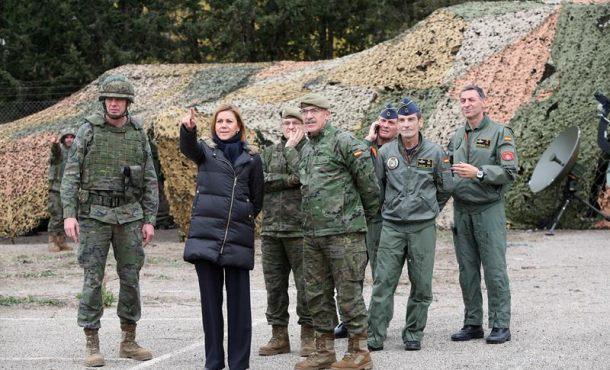 Gobierno: Ejército de España, preparado para responder ataque en Cataluña
