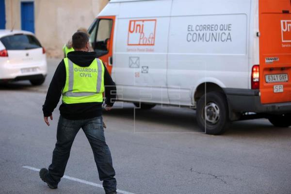 Cataluña: Detenido el director general de Unipost  y registra su sede por el 1-O