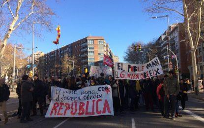 «Defensa de la República» convoca asedios a las Delegaciones del Gobierno en Cataluña