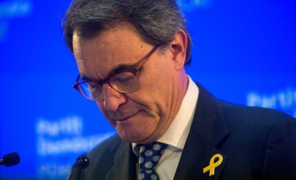 El Tribunal condena a Artur Mas a pagar 5 millones € por el Referéndum del 9N