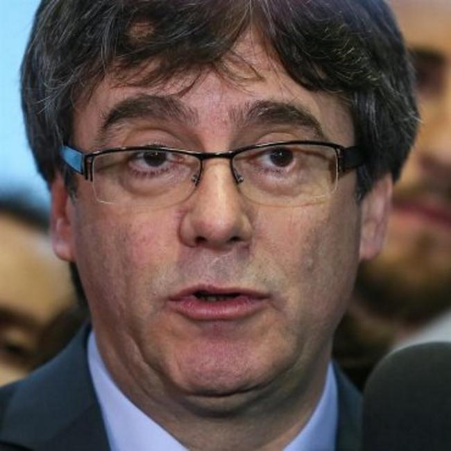 El fascismo paga la fianza de 2,1 millones € para evitar el embargo de bienes de Puigdemont