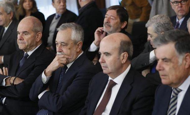 Chaves, Griñán y todos los altos cargos del PSOE no irán a la cárcel por ERES falsos