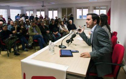 """Garzón: """"Se está invitando a la gente a entrar a jugar en un casino"""" del PP, """"un timo"""""""