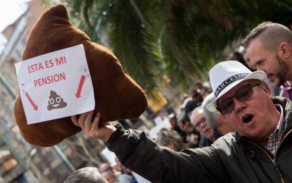 Decenas de miles de personas salen a la calle para las pensiones dignas en toda España