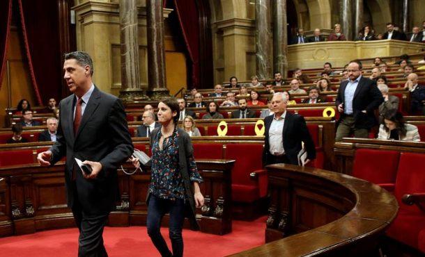"""Diputados PP abandonan la investidura del Político Preso Turrull por """"fraude de ley"""""""