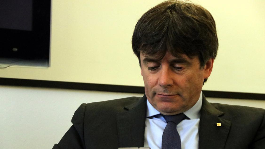 Puigdemont cae en la trampa del CNI y Policía Nacional en una gasolinera 146 días después