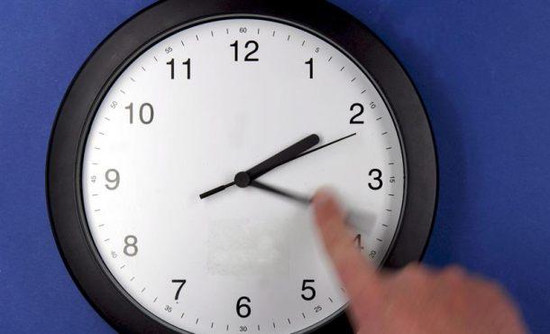 Hoy, una hora menos para dormir