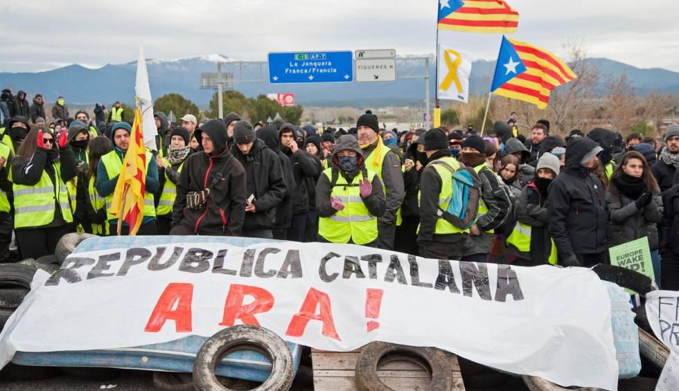 El separatismo da instrucciones para «cortar Internet, Puertos y carreteras» en Cataluña