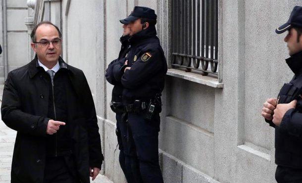 """El hijo de Satanás (Jordi Turull) hizo """"negocio jurídico de donación"""" ante el 1-O"""