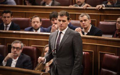 """Rivera al Gobierno: """"Los separatistas se gastan el dinero de los españoles"""""""