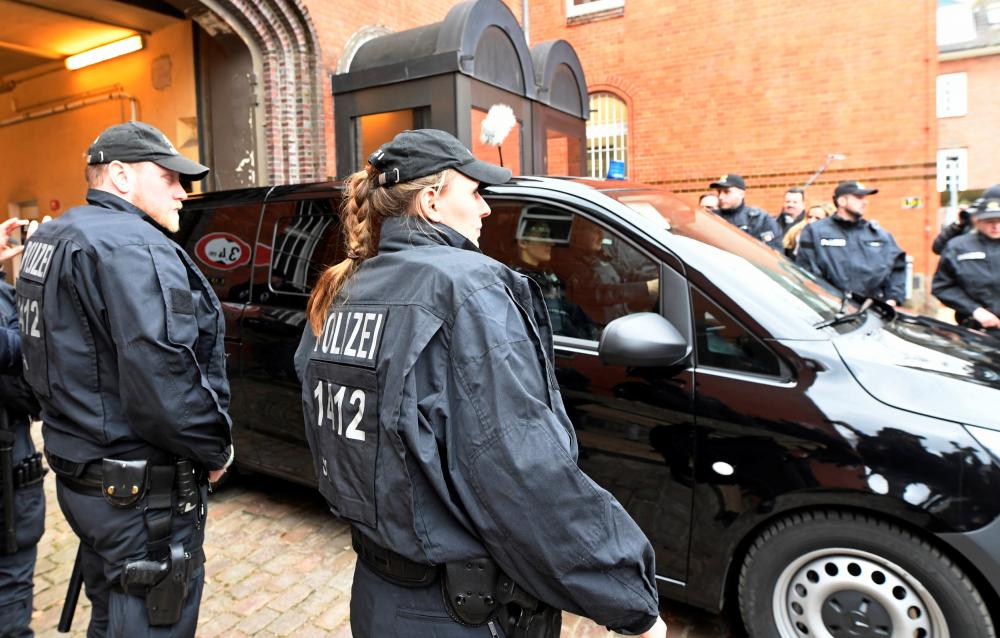 El Código Penal alemán tiene el delito «Alta Traición», comparece el preso Puigdemont