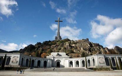 """35 familias piden """"respeto"""" a los restos de sus allegados en el «Valle de los Caídos»"""