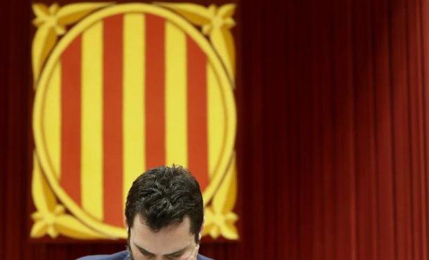 """Torrent aplaza la investidura del secuestrador Jordis y acusa a España de """"vulnerar los de derechos"""" del preso"""