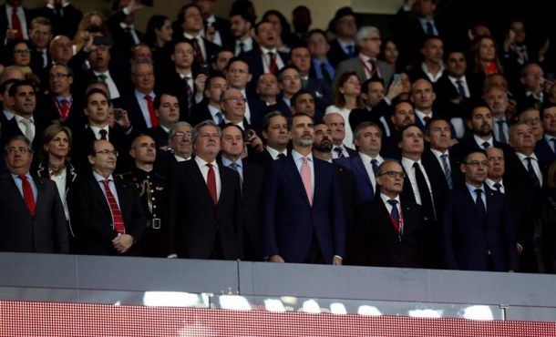 Sevilla y resto del país atenúan la pitada separatista al himno de España en Copa del Rey