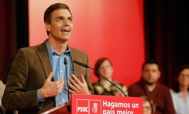 """Sánchez: """"Algunos sacan másteres de corrupción y engaño pero suspenden en Sanidad Pública"""""""