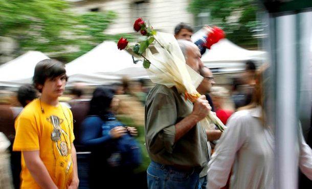 Cataluña se llena de solidaridad con motivo del día de «San Jorge»