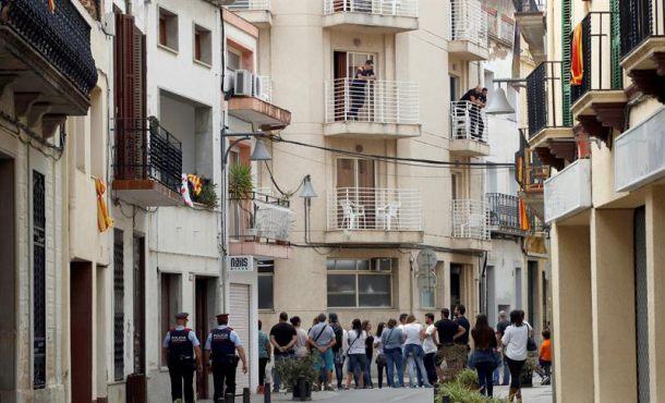 Imputados traidores de PSC, ERC y Policía Local por exigir a Hoteles expulsar a Policías N.