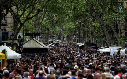 Cataluña roza los 7,6 millones de habitantes y segunda región española que más crece