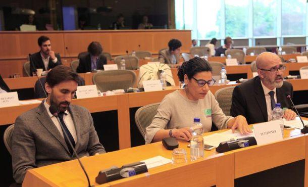 Europa pregunta a la Generalidad por discriminación lingüística a españoles en la escuela