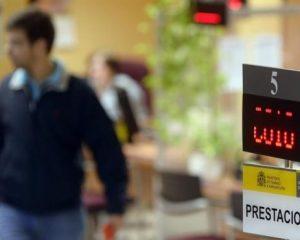El desempleo en España bajó en marzo hasta situarse en 3.422.551 de personas