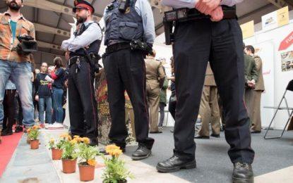 Podemos participa en protesta hispanófoba contra el Ejército en Cataluña