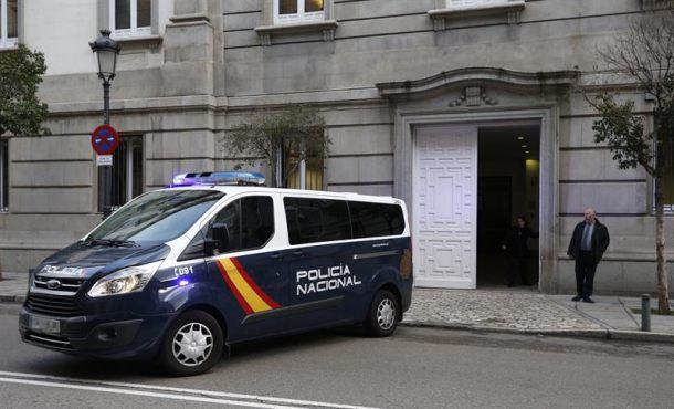 Políticos presos Forn, Rull y Romeva hoy ante el juez para conocer su procesamiento
