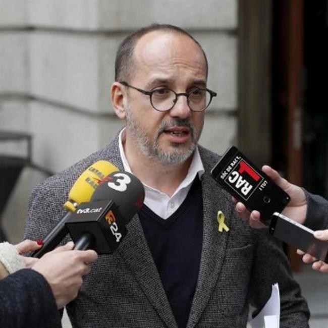 ERC y PDeCAT mantienen su apoyo a los neaonazis de CDR y sus 'Carrer Borroka'