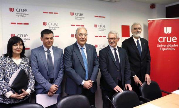 Cuestionada «Universidad Rey Juan Carlos» por sus falsos másteres a políticos afines